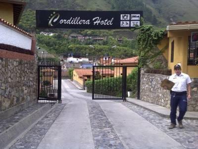 Cordillera hotel valera hotel hoteles posada posadas for Hoteles en la puerta
